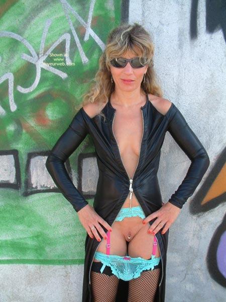 Pic #7 - Marina is Back, Graffiti Strip!