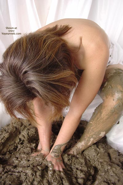 Pic #5 - Mud Queen
