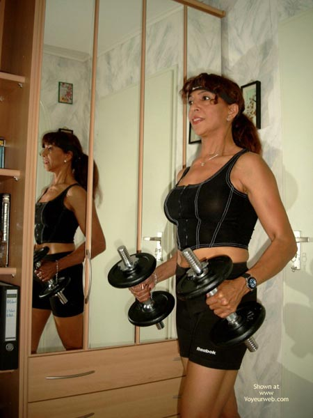 Pic #1 - She Keeps Herself in Such Good Shape!