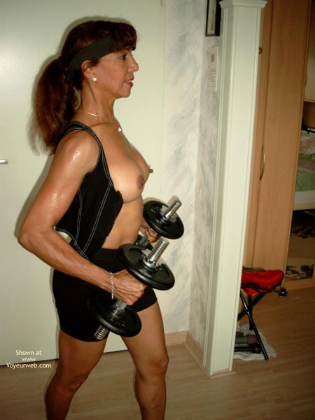Pic #2 - She Keeps Herself in Such Good Shape!
