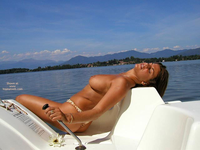 Pic #3 - Vanessa Pedal Boat For Vw