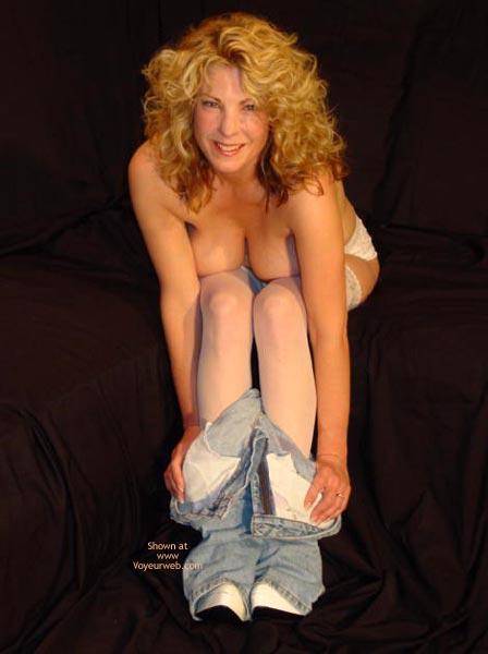 Pic #4 - *Je Gc Hot At 45 In Her Vs Jeans