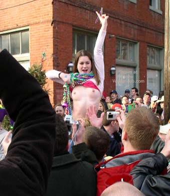 Pic #3 - St. Louis 2004 Mardi Gras 2