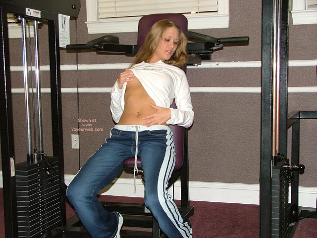 Pic #3 - Good Girl At The Gym