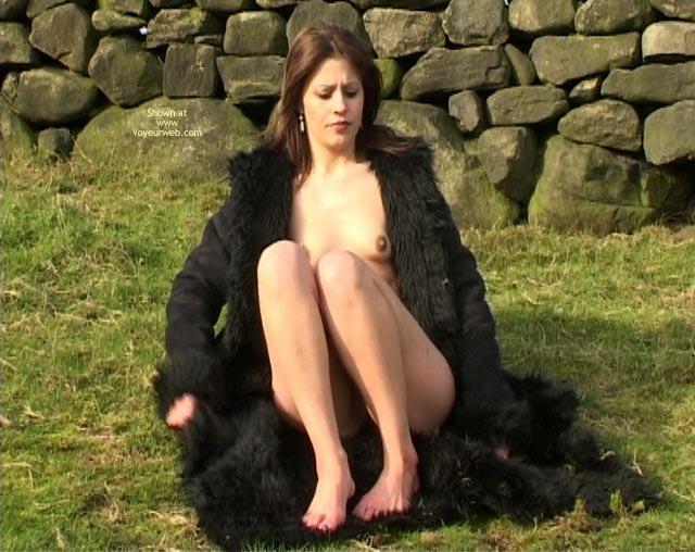 Pic #2 - Adele Goes Nude