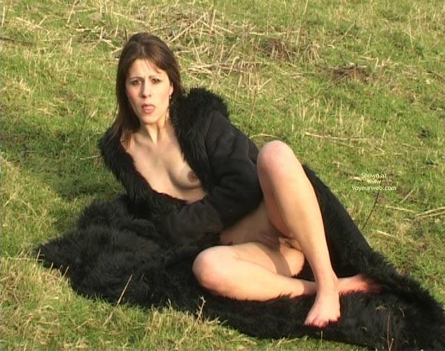 Pic #4 - Adele Goes Nude