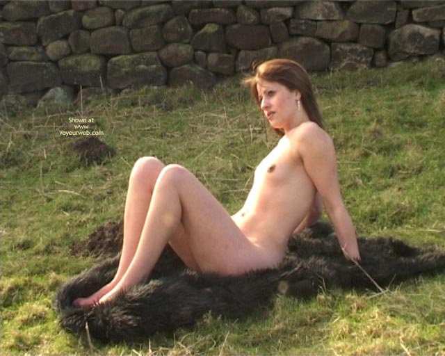 Pic #7 - Adele Goes Nude