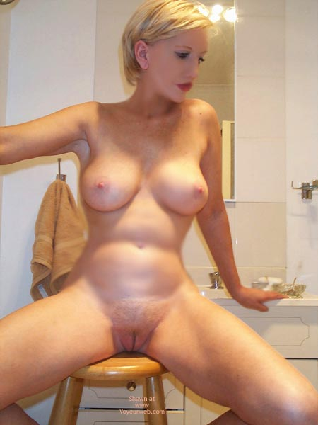 Mature blonde short hair nude