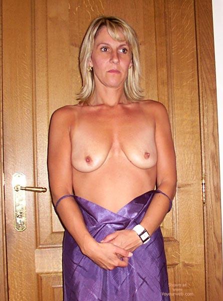 Pic #7 - Fabienne Est Bonne First Contri