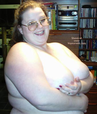 Pic #2 - Big Uk Girl'S First Time
