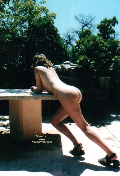 Pic #1 - Nude In France