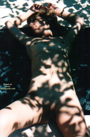 Pic #8 - Nude In France
