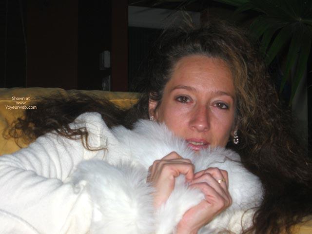Pic #9 - Natacha Et Son Manteau Blanc