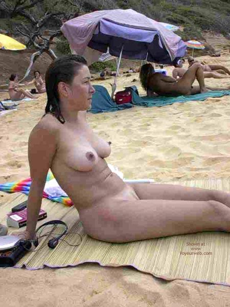 Pic #6 - Beach Hottie 2