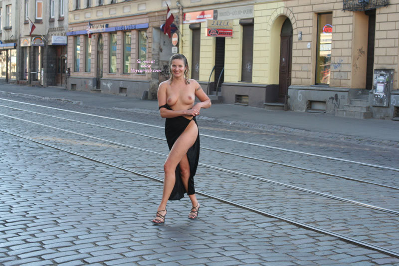 Wife nude in street