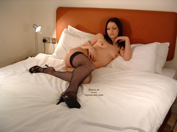 Pic #6 - Sex Y 18 Yr Old In Just Stockings