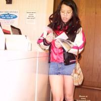Flashing At Laundromat