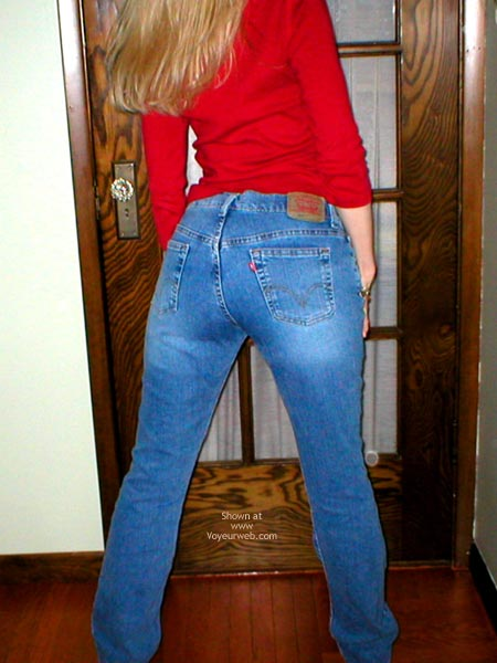 Pic #1 - Natasha'S Sweet Ass In Jeans
