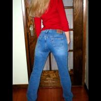Natasha'S Sweet Ass In Jeans