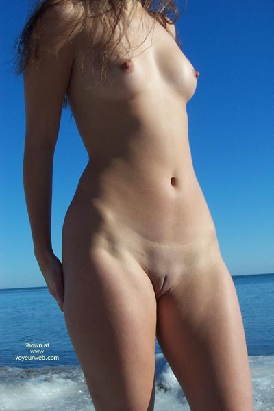 Girl Standing Nude Shaved Pussy On Beach