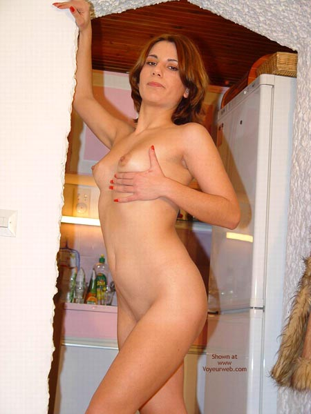 Pic #5 - Sexy Megan Flashes Her Naked Body Again