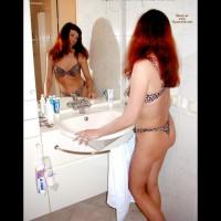 Inna's Bathtime