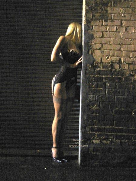 Pic #5 - Mandi At The Factory Wall
