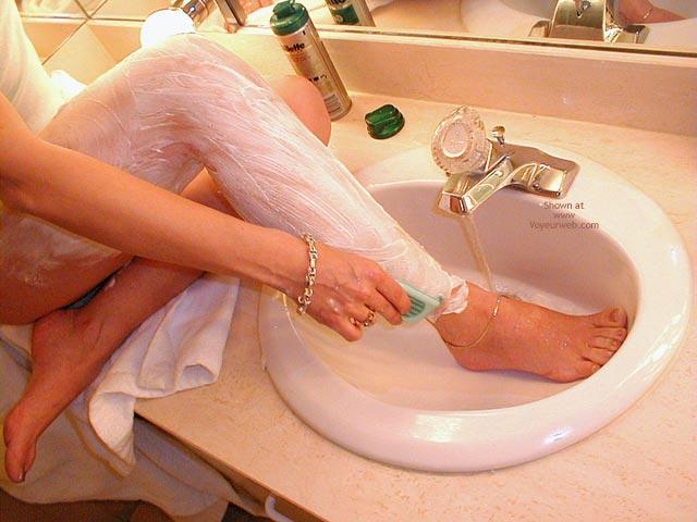 Pic #4 - Stella Shaving At The Hotel