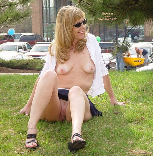 Pic #4 - Natasha'S Flirty Skirt