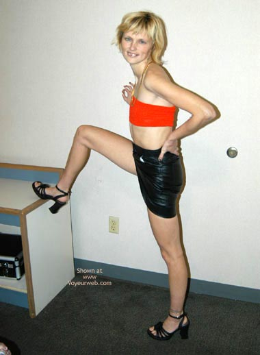 Pic #2 - Hot Little Hooker At Hotel