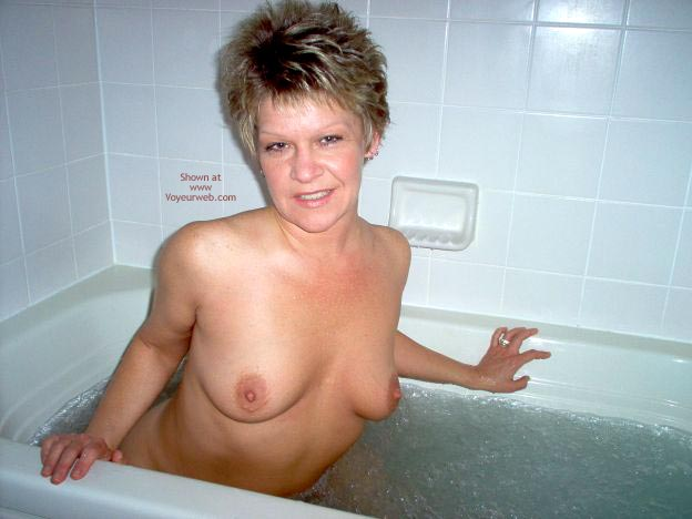Pic #2 - Angelique In The Tub 2