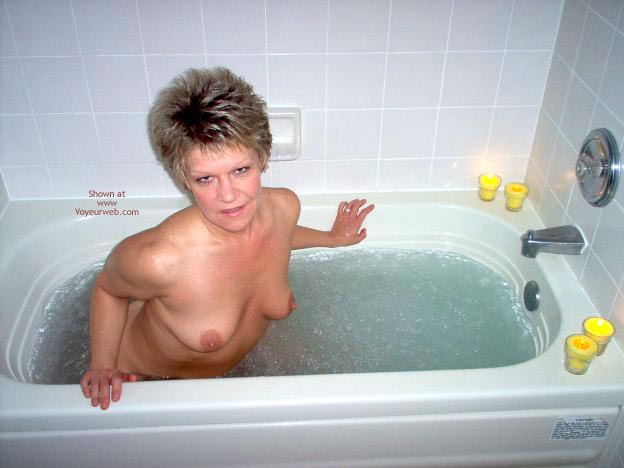 Pic #3 - Angelique In The Tub 2