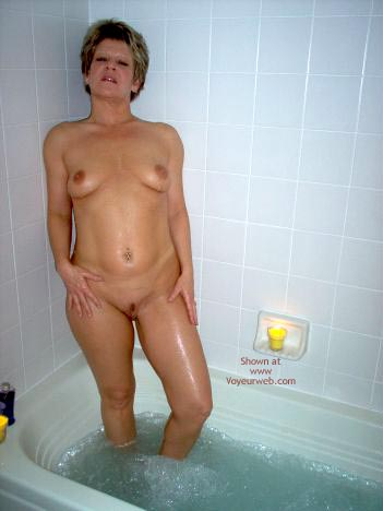 Pic #8 - Angelique In The Tub 2