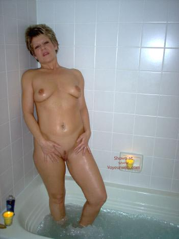 Pic #9 - Angelique In The Tub 2