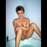 Angelique In The Tub 2