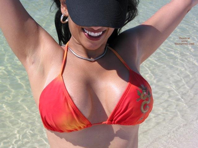 Pic #4 - Stikjock'S Girl Trip To The Beach