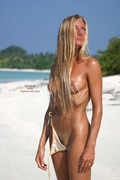 Pic #8 - Gina At The Sea