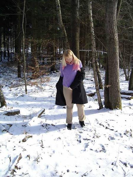 Pic #2 - Crazymoni Im Schnee Moni In The Snow