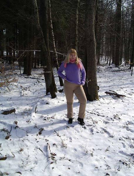 Pic #3 - Crazymoni Im Schnee Moni In The Snow