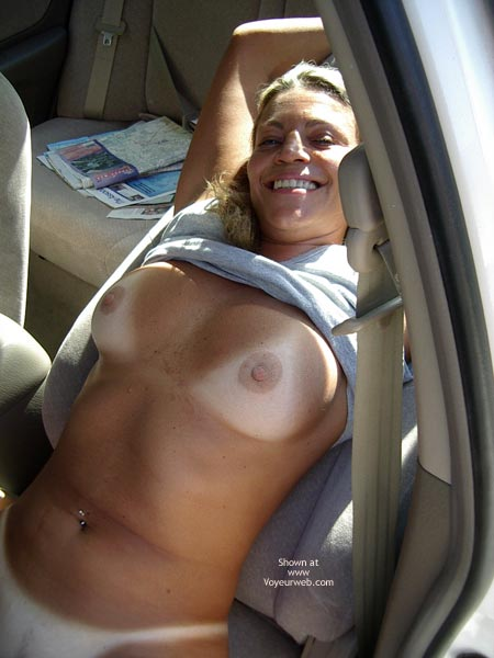 Pic #5 - Sexy Ly In The Car