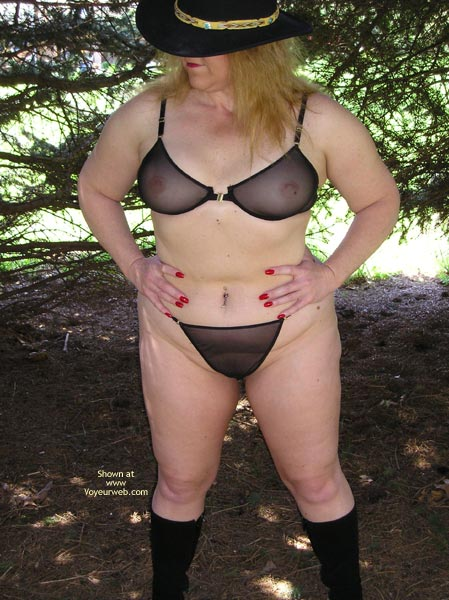 Pic #2 - *Tw Lili In The Woods