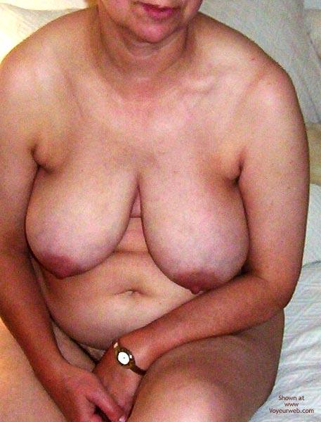 Pic #7 - Ma Femme Est Nue Pour Votre Plaisir 3