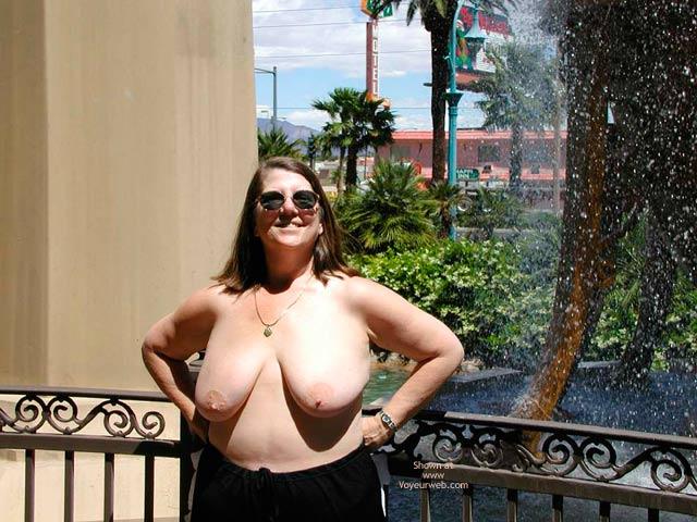 Pic #10 - Nip Hot Stuff On Vacation
