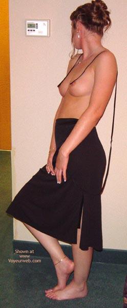 Pic #3 - Amanda Is Back. In Black!