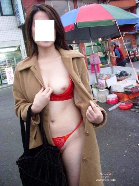 Pic #3 - Nasty Gf In Public