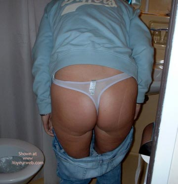 Pic #1 - Uk Wife Only Wears Thongs2