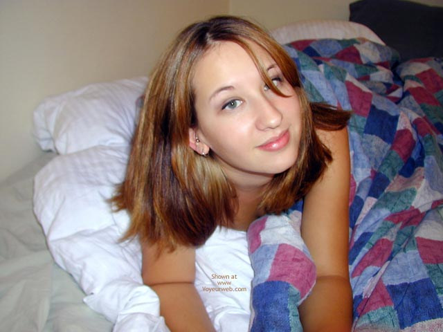Pic #2 - Kira Unmakes The Bed