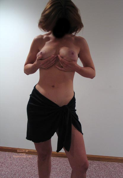 Pic #2 - 33 Yr Old Wife