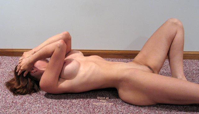 Pic #4 - 33 Yr Old Wife