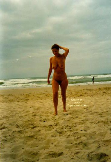 Pic #2 - Heidi Am Strand